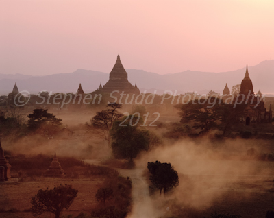Myanmar Bagan dawn