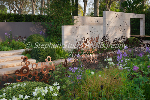 The M & G Garden,  Designer Andy Sturgeon;    Sponsor; M& G Investments   Awarded Gold