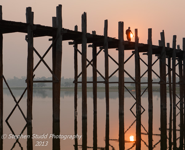 Myanmar (Burma) Mandalay sunrise U Bein Bridge