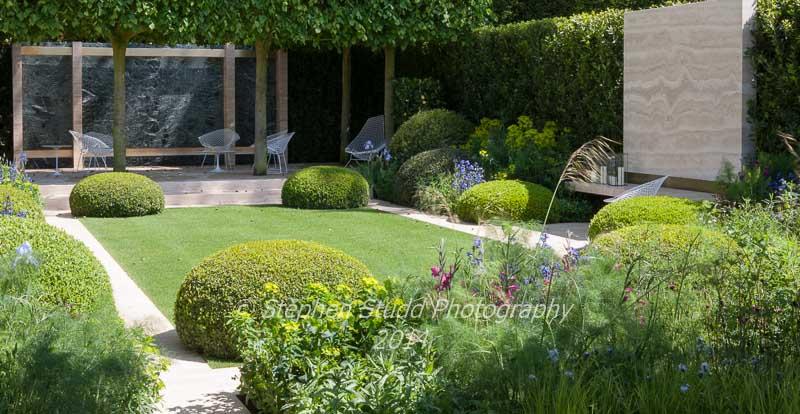 Chelsea RHS Flower Show 2014- The Telegraph Garden - Designers Tommaso Del Buono & Paul Gazerwitz - Sponsors The Telegraph
