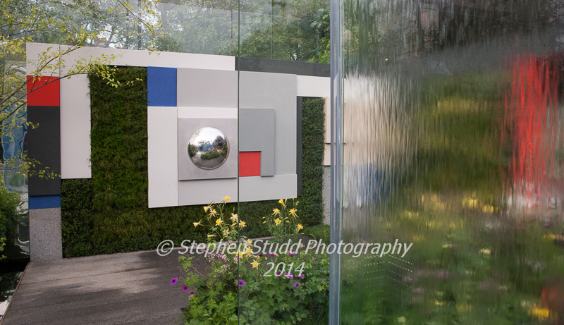RHS Chelsea flower show 2014 - The Mind's Eye garden for the RNIB - Royal National Institute for the Blind - designers LDC Design - sponsors - Countryside - awarded best in show in the Fresh Gardens & Gold medal