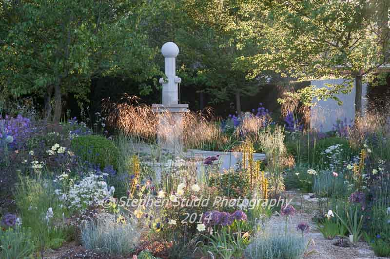 The M&G Garden - designer Cleve West - sponsors M&G Investments