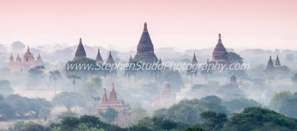 Digital photography holidays holiday vacations tour tours workshop workshops to Myanmar Burma Cambodia Angkor Wat Venice marrakech Paris Morocco hosted by Stephen Studd