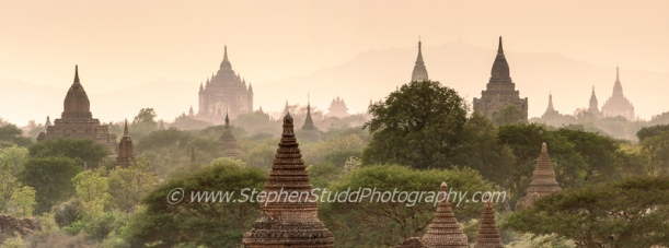 Digital photography holidays holiday vacations tour tours workshop workshops to Myanmar Burma Cambodia Angkor Wat Venice marrakech Morocco hosted by Stephen Studd 2014 2015