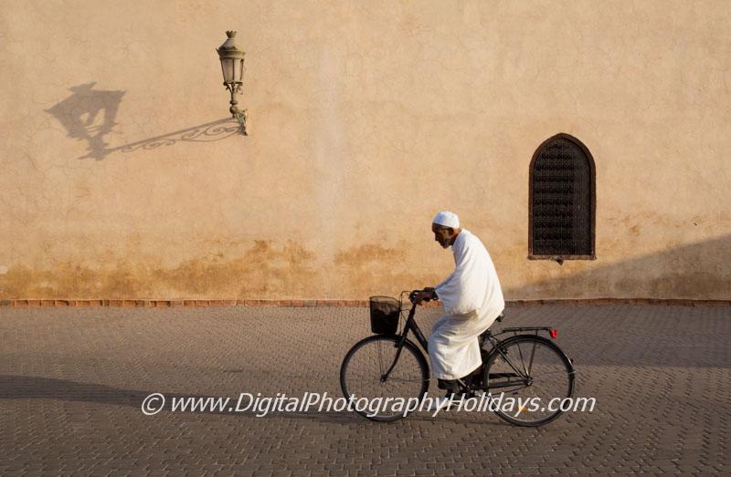 digital travel photography holidays tours workshops to Marrakech Morocco, Vietnam, Cambodia, Burma Asia hosted by Stephen Studd cyclist medina