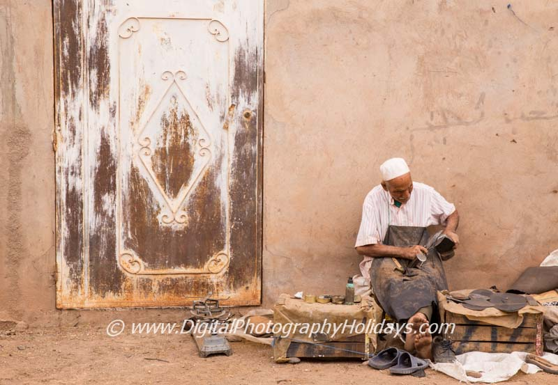 digital travel photography holidays tours workshops to Marrakech Morocco, Vietnam, Cambodia, Burma Asia hosted by Stephen Studd Atlas mountains