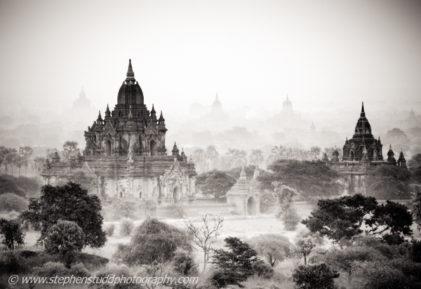 digital travel and landscape photography holidays vacations tours workshops to Myanmar Burma Cambodia Angkor Wat Vietnam hosted by Stephen Studd
