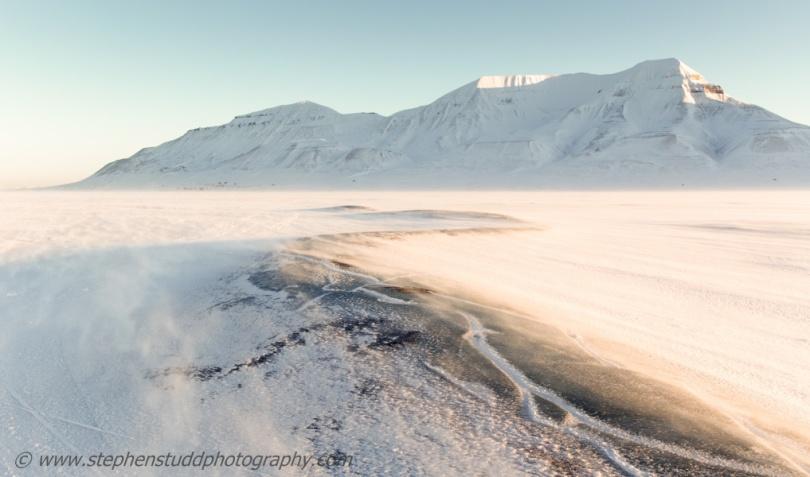 Arctic circle, North polar region, Europe, Scandinavia, Norway, Svalbard, Spitsbergen, Longyearbyen,  view towards Hiorthfjellet mountain and Adventtoppen mountain across Adventdalen valley