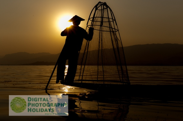 digital travel photography holidays vacations workshops courses photographic tours to  Vietnam, Myanmar, Cambodia, Burma, South East Asia and USA America hosted by Stephen Studd Photography