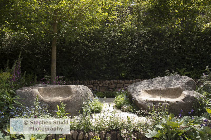 Stephen Studd - The Brewin Dolphin Garden - granite stone carved seats on patio area, dry stone wall -Designer Darren Hawkes Landscapes - Sponsor Brewin Dolphin awarded gold medal