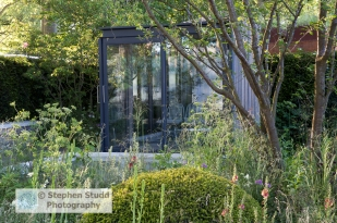 RHS Chelsea flower show 2015 Cloudy Bay Garden in association with Vital Earth – Designers Harry and David Rich - Sponsor - Cloudy Bay – Bord na Mona - awarded Gold medal