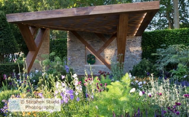 Chelsea flower show 2017 Chris Beardshaw garden for Morgan Stanley